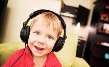 Az agynak és a léleknek is fontos a zenét hallani!